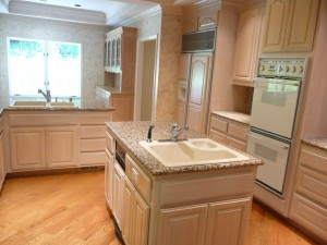 Wood kitchen - Not Feng Shui kitchen