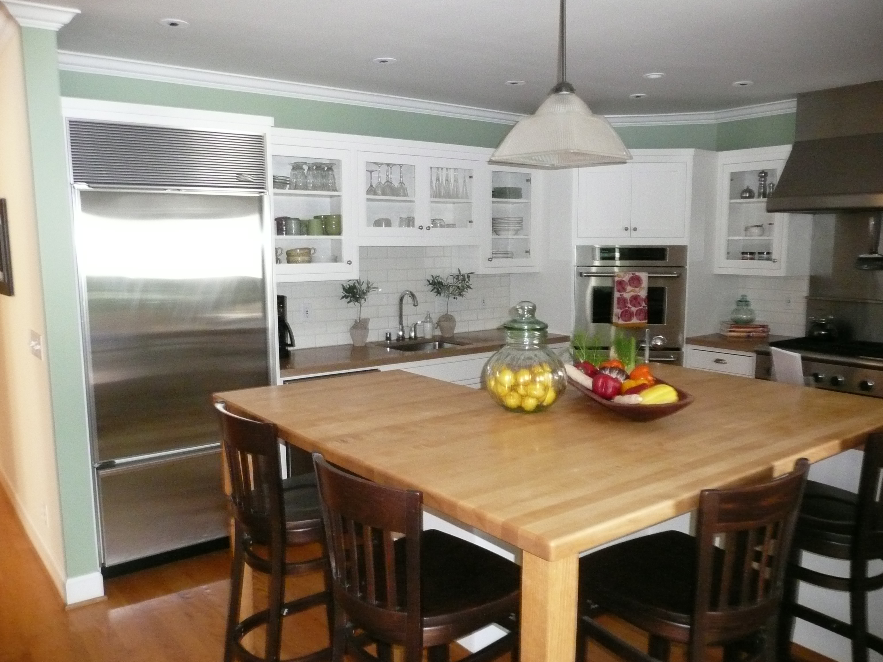 Having Fruits And Vegetables Displayed In A Feng Shui Kitchen Allows The Balancing Of Yin