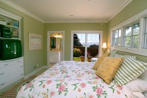 Balance, Order & Beauty: Feng Shui for the Woman's Soul - A nurturing bedroom with ocean view